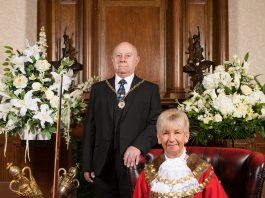 formal photo fo the new Mayor and her Consort