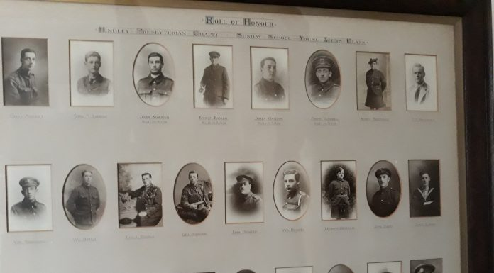 photo frame showing soldiers from WWI