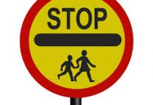 image of school crossing patrol