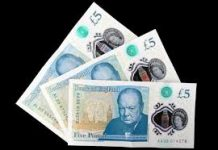 photo of bank notes